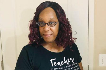 Teacher Cassandra Holloway (Online)