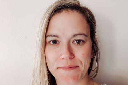Teacher Erin Hulslander (Online)